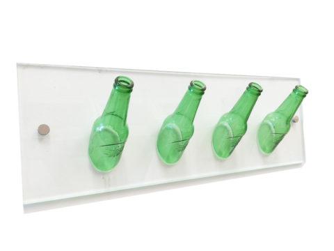 perchero de botellas